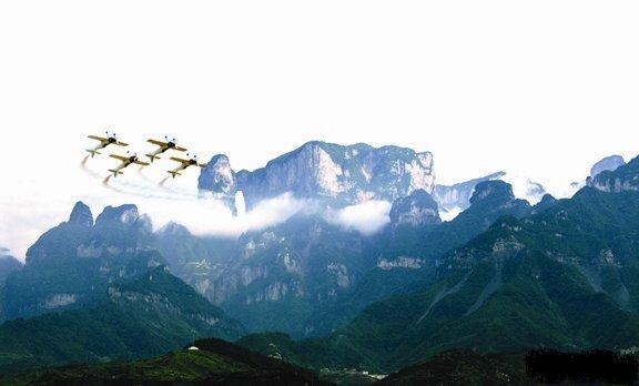 湘西之旅:opebet、宝峰湖、凤凰古城、猛洞河漂流、天门山六日游