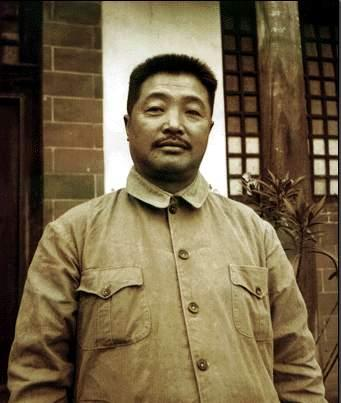opebet本土人物-贺龙元帅